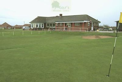Sandilands Golf Club, Roman Bank, Mablethorpe. Pictures of the clubhouse and course.